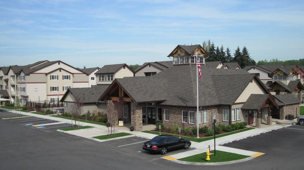Linden lane apartment homes in puyallup washington for Home builders in puyallup wa